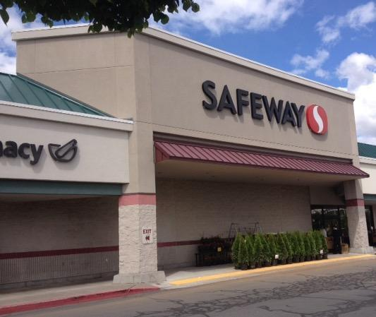 Safeway NE Hwy 20 Store Photo