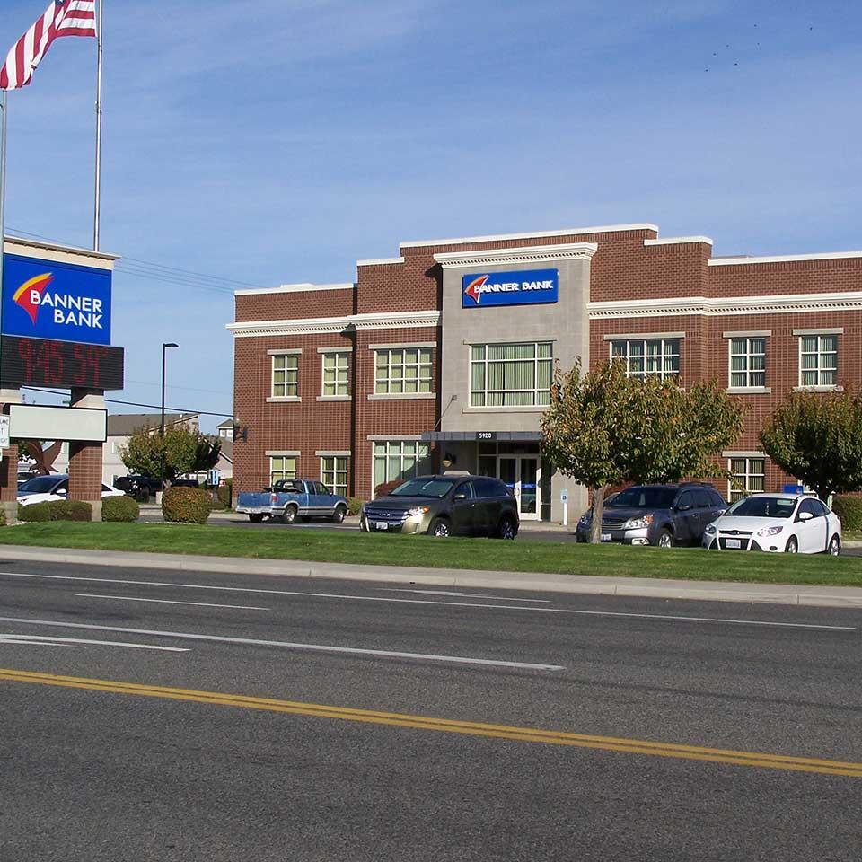 Banner Bank Clearwater branch in Kennewick, Washington