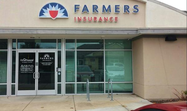 Photo of outside of Farmers Insurance agency