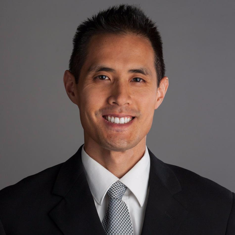 Headshot photo of Eric T Yuan, DDS