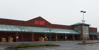 Acme Markets store front picture of store at 912 W Bay Ave in Barnegat NJ
