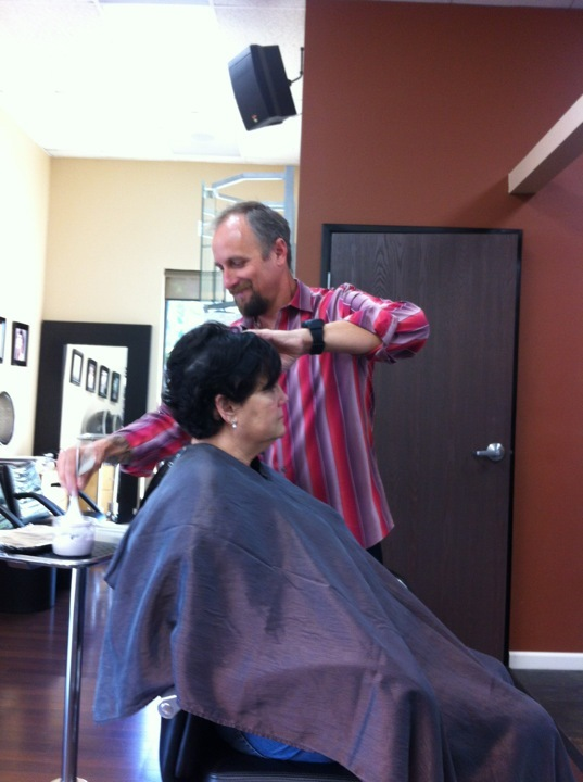 Business we Like<br>Parks Salon<br>27737 Bouquet Canyon Rd Suite 101<br>Santa Clarita, CA 91350<br>661-373-8228