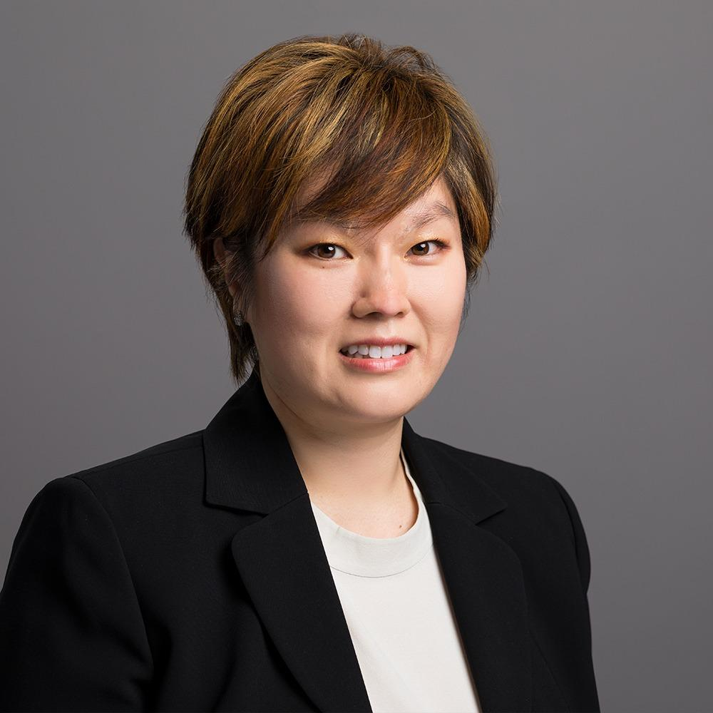 Headshot photo of Tracey J Park, DDS