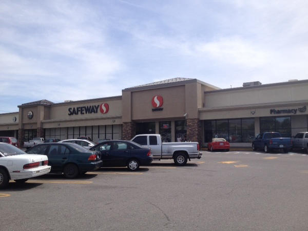 Safeway Store Front Picture at 510 Grant Rd in East Wenatchee WA