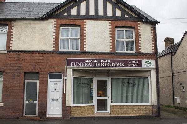 Alex McDonald Funeral Directors in Deeside, Flintshire.