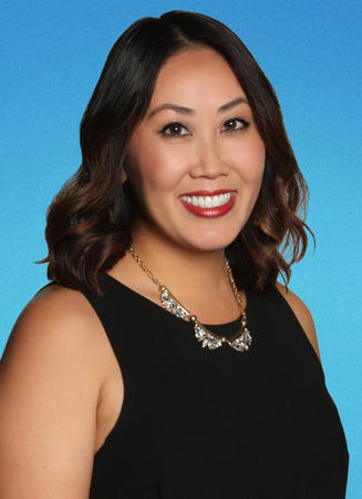 Photo of Juliet Nguyen