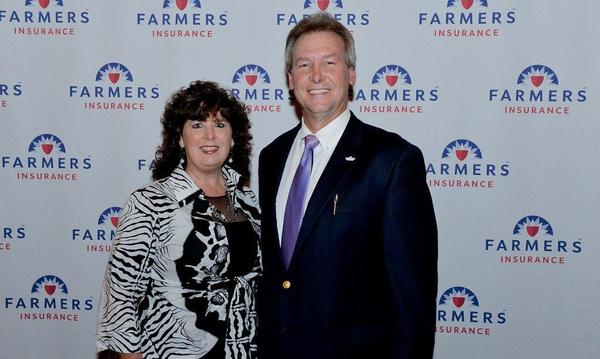 Agent Mark lane and his wife at the 2015 Topper Club event.