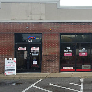 Front of Direct Auto store at 1128 Murfreesboro Road, Nashville
