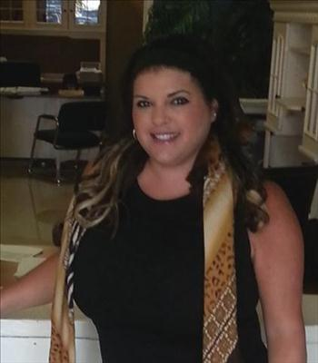 May Castillo Agent Profile Photo