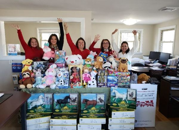 Cara Benjamin - Benjamin Agency Holds Successful Toy Drive for Toys for Tots