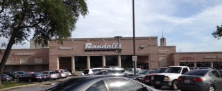 Randalls store front picture at 5161 San Felipe St in Houston TX