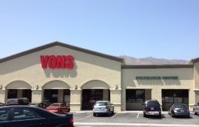 Vons Store Front Picture at 435 W Foothill Blvd in Glendora CA
