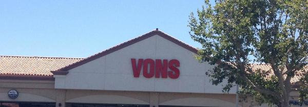 Vons Lyons Ave Store Photo