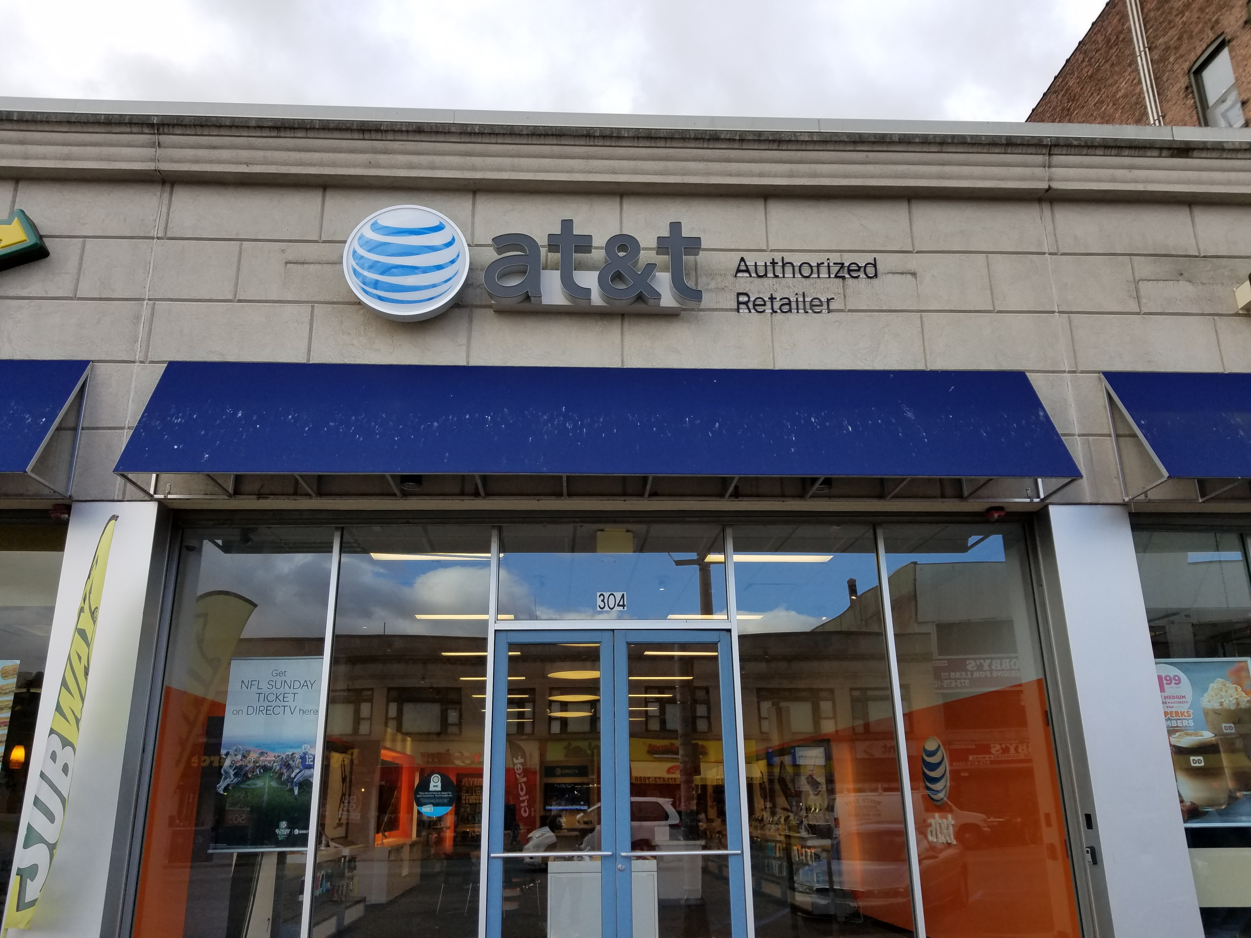 AT&T Store Locations in Orange, NJ | AT&T Experience