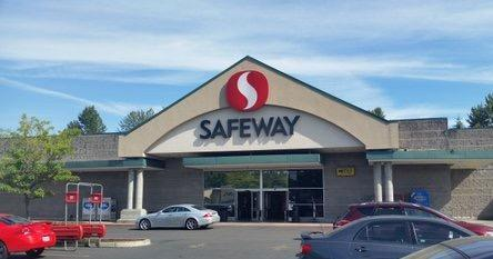 Safeway store front picture of 1455 NE Division St in Gresham OR