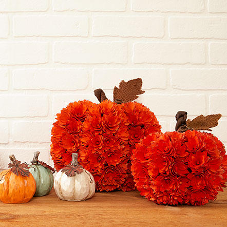 Thanksgiving - Assorted Thanksgiving floral, pumpkins and table setting decor
