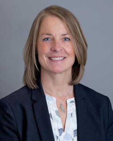 Lisa R. Ferley,医学博士