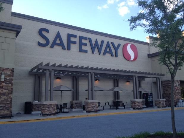 Safeway Store Front Picture at 1017 York Rd in Towson MD