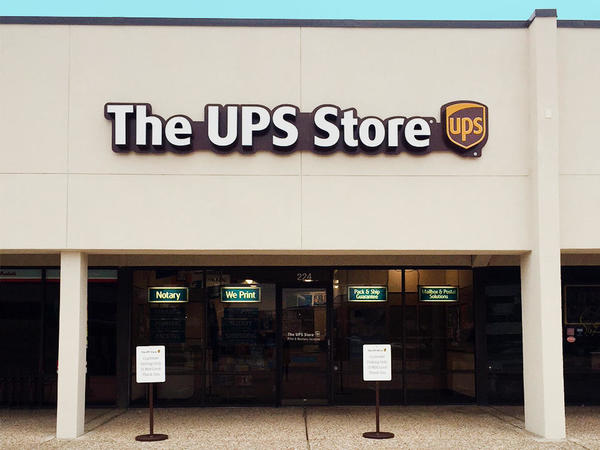 Facade Of The Ups Richardson