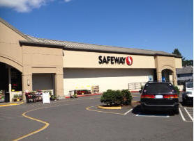Safeway Store Front Picture at 800 NE 3rd Ave in Camas WA