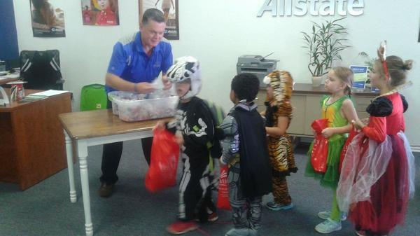 Albert Ryans - Feeding the Kiddos on Halloween!