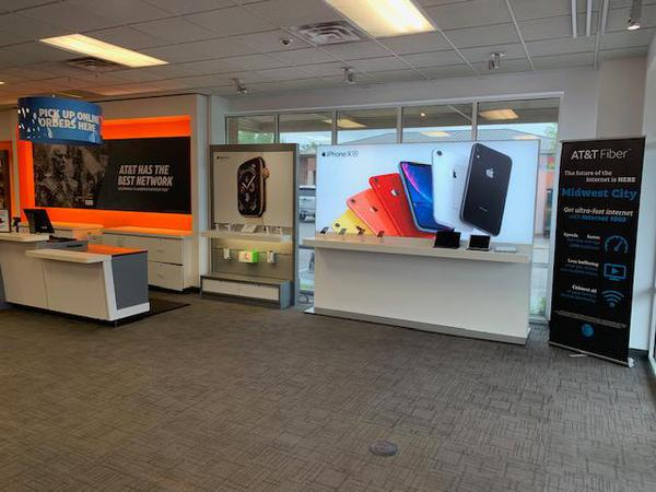 AT&T Store - Sooner Town Center - Midwest City, OK