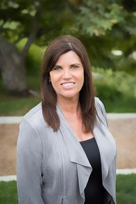 Guild Mortage Oxnard Branch Manager - Linda Hall