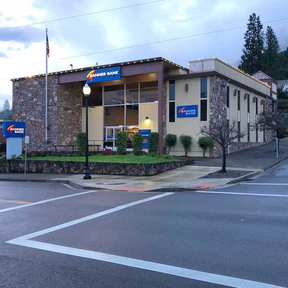 Banner Bank Kane Street branch in Roseburg, Oregon