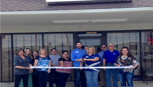 Ribbon Cutting Joshua Chamber