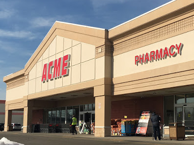 Acme Markets store front picture at 75 Mayhill St in Saddle Brook NJ