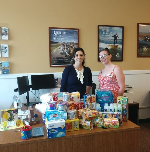 Lori Buhagiar - Buhagiar Allstate Agency Shows Support of Neighbors with Supply Drive