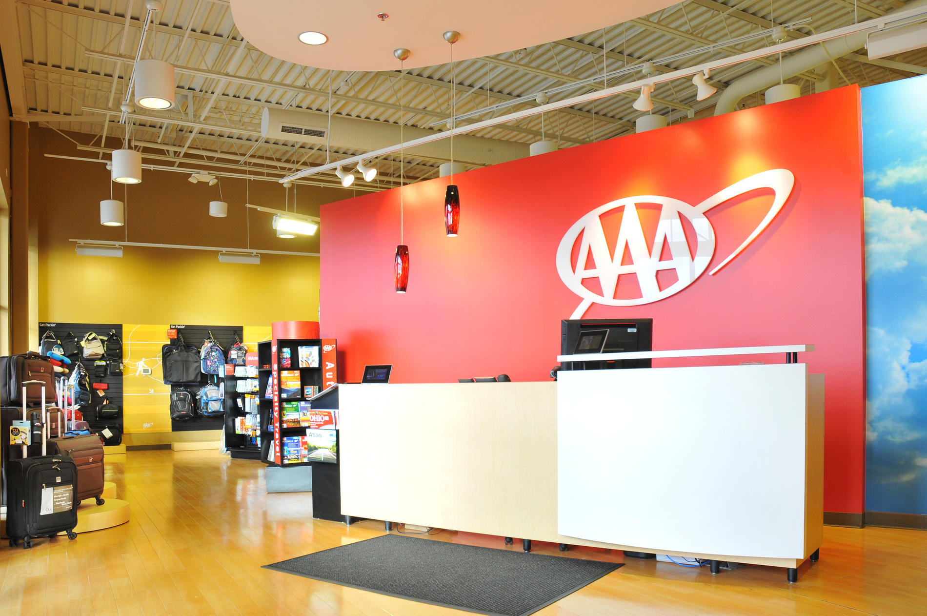 Aaa Auto Club Near Me >> Visit Your Aaa At West Chester Oh At 8210 Highland Pointe