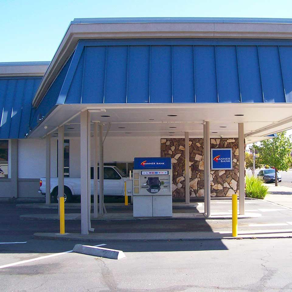 Banner Bank branch in Red Bluff, Calfornia