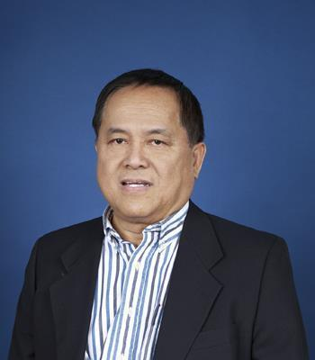 Photo of Arnold Ogena