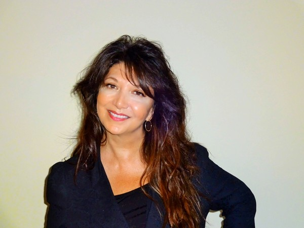 Photo of Lisa Amato
