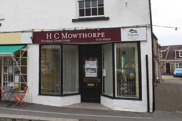 H C Mowthorpe Funeral Directors in Hunmanby, Filey