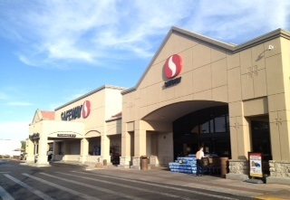 Safeway Store Front Picture at 1940 E Broadway Blvd in Tucson AZ