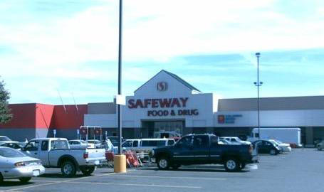 Safeway Store Front Picture at 520 Mt Hood St in The Dalles OR