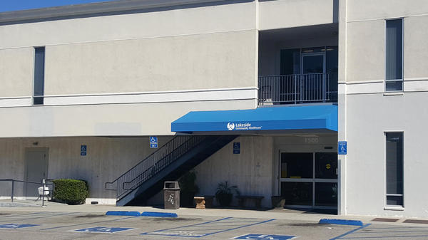 Rear Entrance to Lakeside West Covina Urgent Care