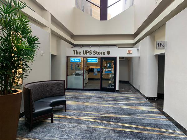 Facade of The UPS Store 2nd Floor