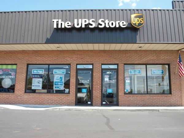 UPS Store Winchester VA Store Front