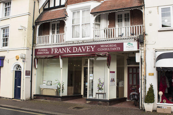 Frank Davey & Co Funeral Directors in Hurstpierpoint, West Sussex.