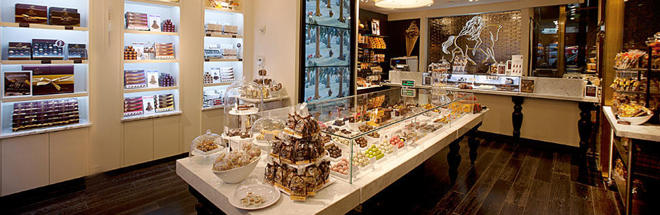 Godiva Chocolatier Fashion Valley Mall 59
