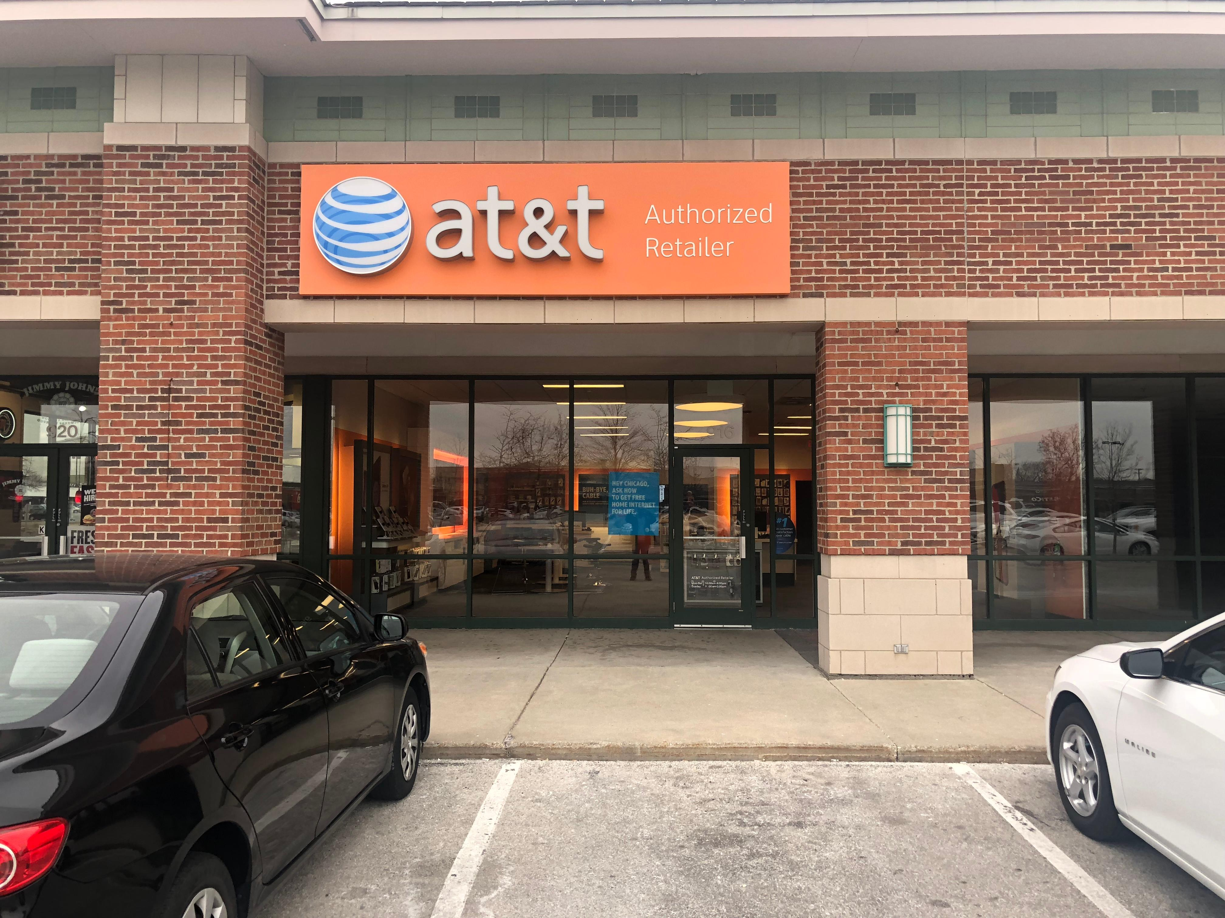 AT&T Store Locations in Elk Grove Village, IL | AT&T Experience