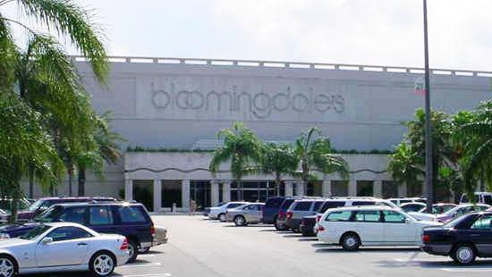 Bloomingdaleu0027s Palm Beach Gardens