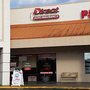 Front of Direct Auto store at 18911 South Tamiami Trail, South Fort Myers