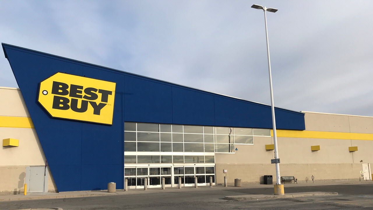 Best Buy One Light North of QEW on Brant St