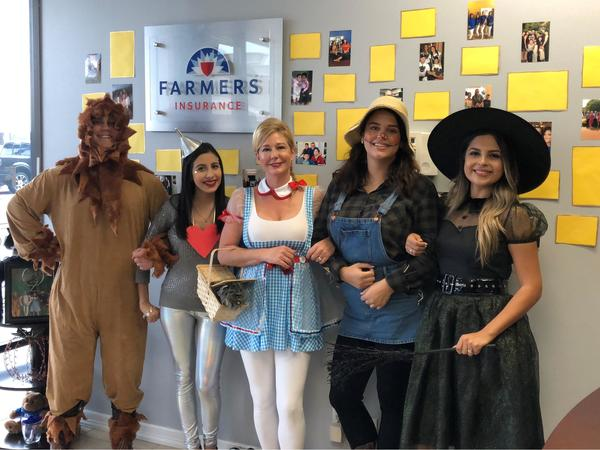 People dressed up in costumes as Wizard of Oz characters