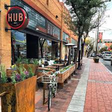Hub Restaurant and Ice Creamery