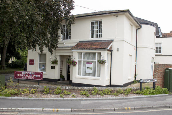 Dunning Funeral Directors in Andover, Hampshire.